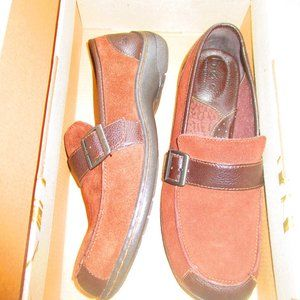 BORN CONCEPTS LOAFERS SIZE 9M